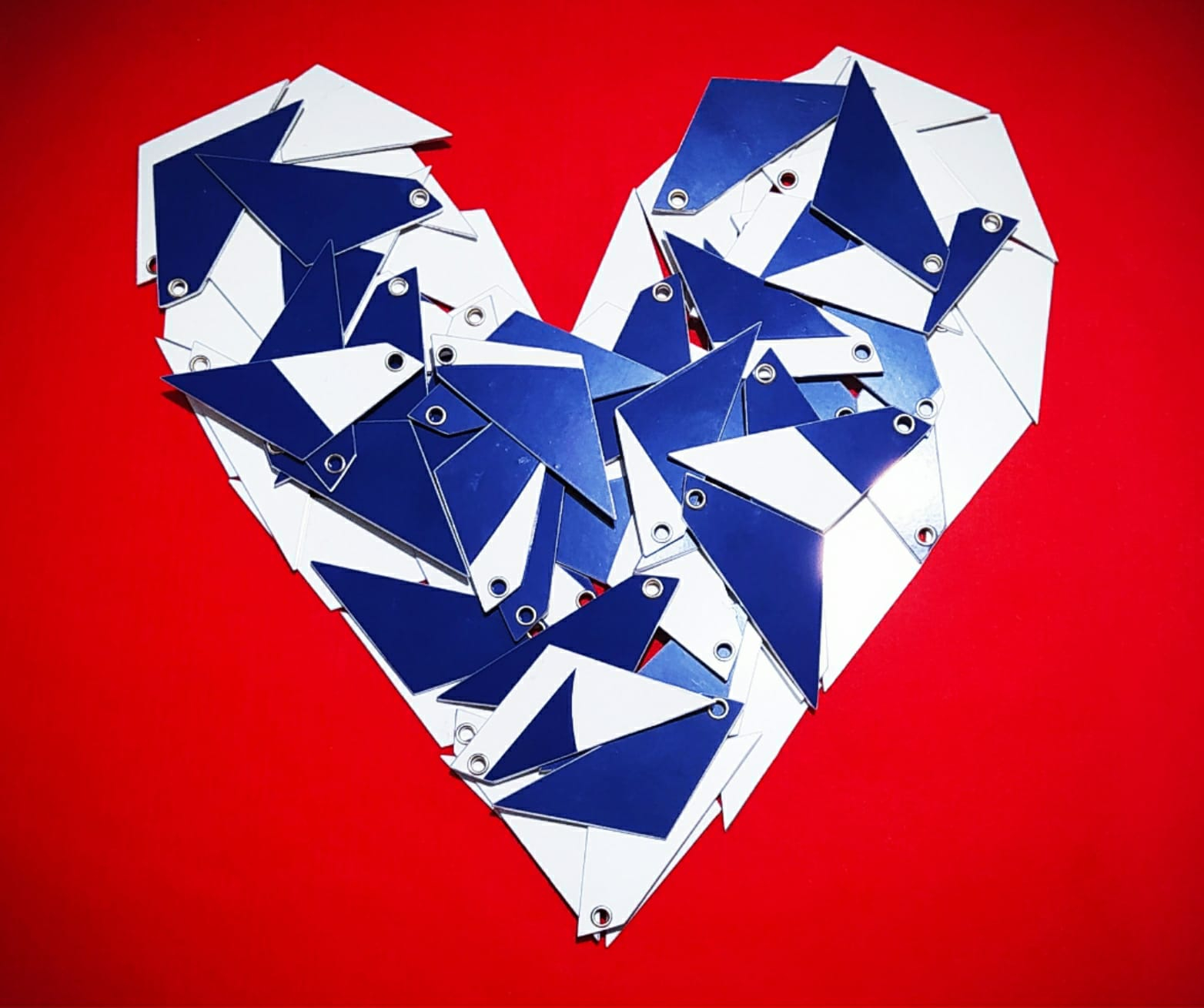 Heart made up from many Tailfins keyrings